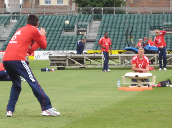 Training Tools Ha Ko Cricket And Tennis Bowling Machine
